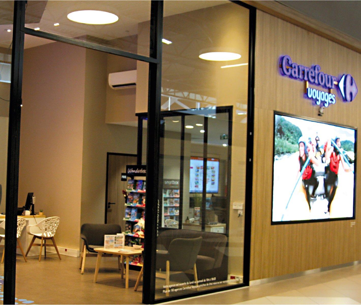 Pixel digitalise une agence Carrefour Voyages et gagne un